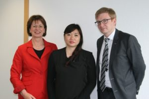 MP Dött, Mrs. Minh Khanh, MP Lengsfeld on May 24, 2016 in Berlin